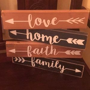 4 Wood Wall Plaques Love Family Home Faith Arrows